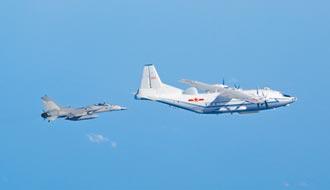 共機9架次擾台 美戰機也現蹤