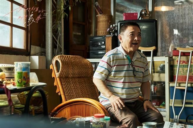 小亮哥客串演出《她們創業的那些鳥事》。(可米傳媒提供)