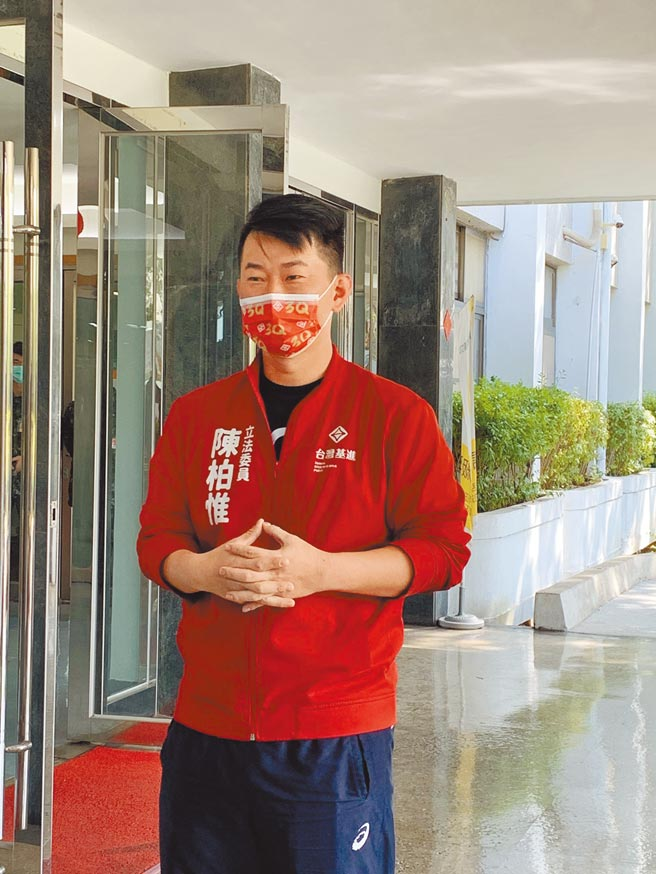 面對「刪Q總部」發起的罷免行動,台灣基進黨立委陳柏惟認為是因為做得好、才有人計較。(林欣儀攝)