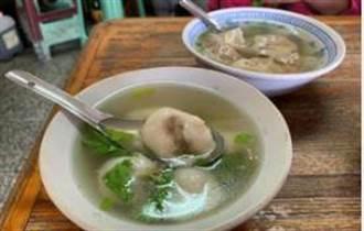 目擊國華街老店吃剩鹹湯圓回鍋賣 女湯匙一撈崩潰:是同顆