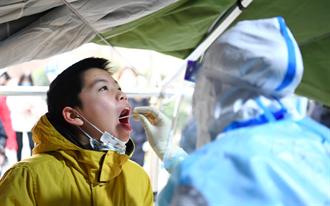 陸增7例新冠病例 兩男自美返上海後確診