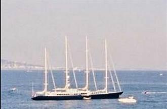 價逾2億豪華帆船遊艇起火 馬來西亞近海沉沒