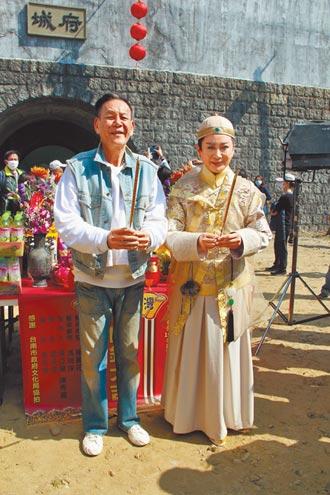 龍劭華隔17年演歌仔戲妙喻傳承