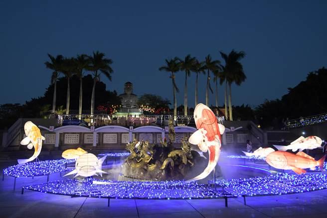 八卦山上「2021彰化月影燈季」也將璀璨到3月1日。(彰縣府提供/吳敏菁彰化傳真)