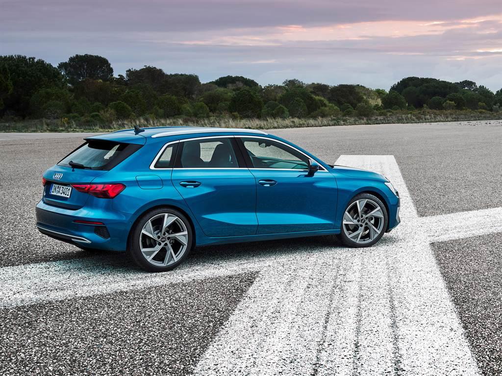 全新大改款Audi A3延續品牌家族設計語彙,具鮮明運動跑格。