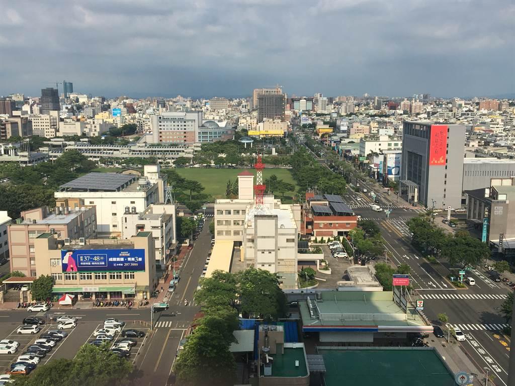 去年六都建物所有權買賣移轉單位面積以台南市最大,平均每棟買賣移轉面積約39.7坪。(中信房屋提供)
