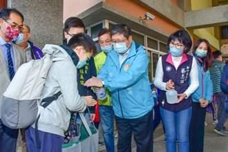 開學日新竹縣長楊文科視察防疫 要求營養午餐使用國產豬牛