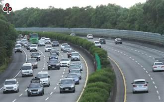 西部國道上午好塞還有車禍 下午注意6處易塞車