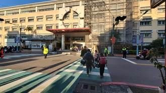 寒假結束上學去 瑞芳警察伯伯守護學童安全