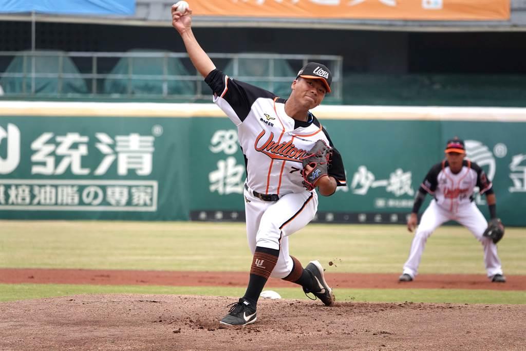 [新聞] 中職》球數多陷入落後 姚杰宏不滿意投球內容