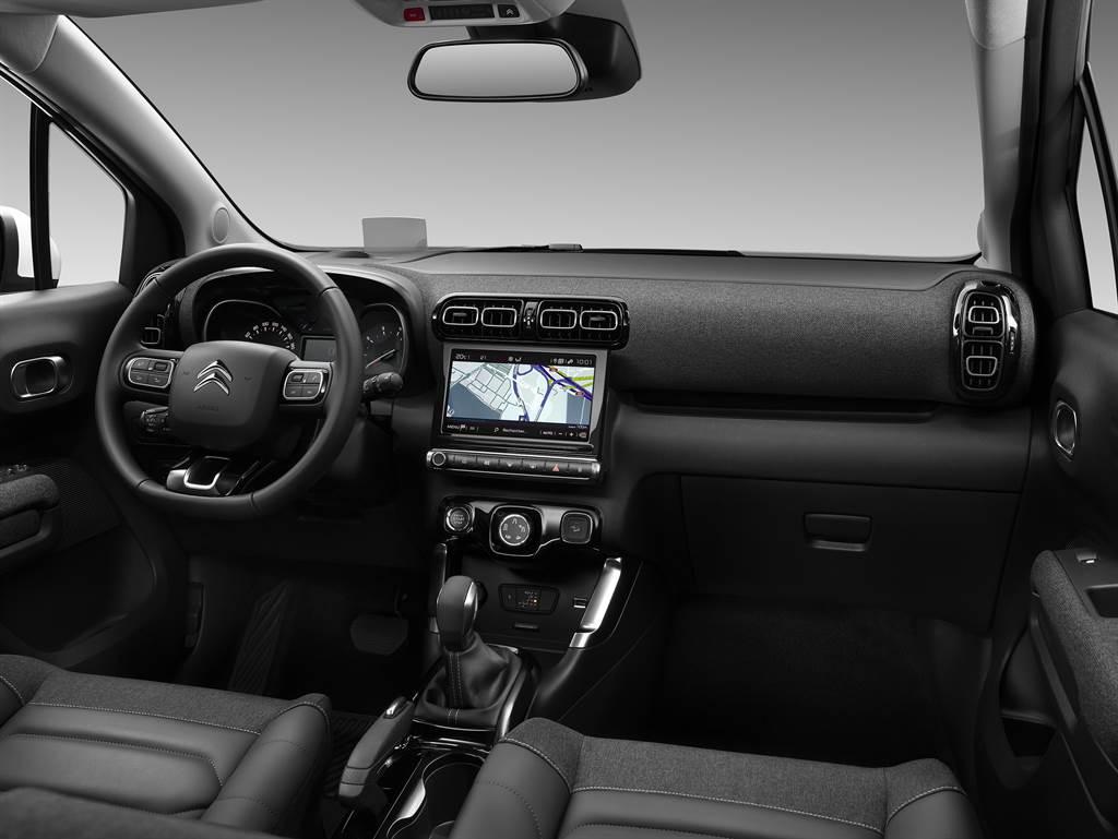 更醒目的新家族設計風格,Citroen C3 Aircross 小改款亮相