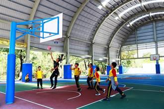 寫信給總統「我想打籃球」玉光國小生勇於表達畢業前圓夢