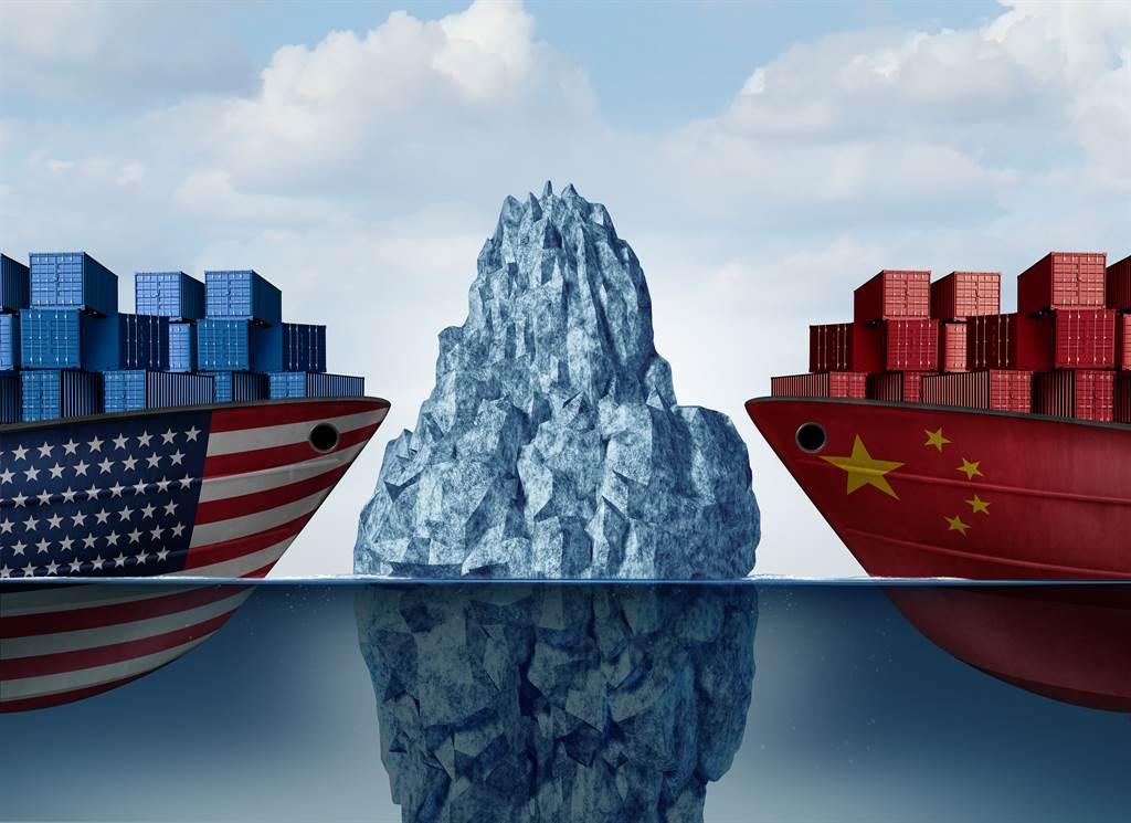 倫莫認為,中國在川普任期內向美國學齊各種經貿制裁技能,也已擺脫排斥使用制裁的想法,未來中美間恐怕會形成經貿制裁的恐怖平衡。(示意圖/達志影像shutterstock)
