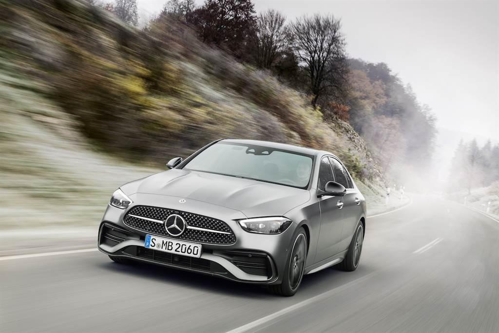 拋棄六缸、全面擁抱四缸「電氣化」動力,全新世代 Mercedes-Benz C-Class Sedan/Wagon 同步發表