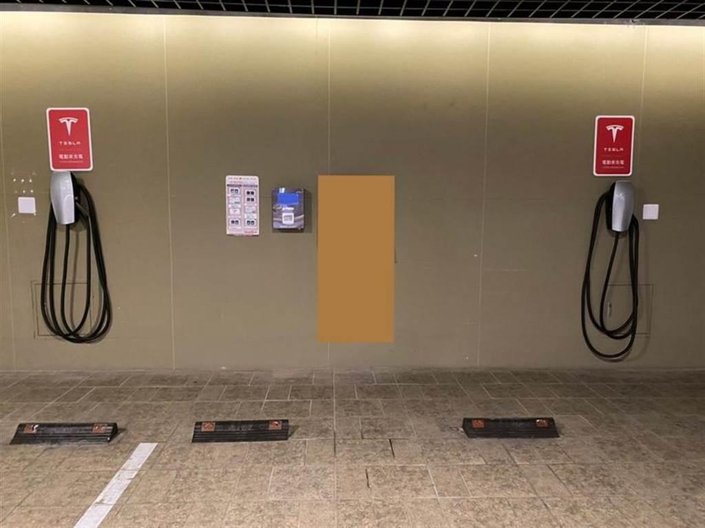 8 千名車主回家能充電!特斯拉認證廠商專業服務,讓各種家用充電安裝都不難