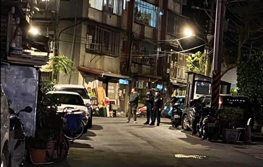 新店舊公寓今晚傳出情女陳屍租屋處。(翻攝畫面)