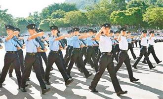 港警首邀駐港部隊培訓中式步操 稱為儀仗活動之用