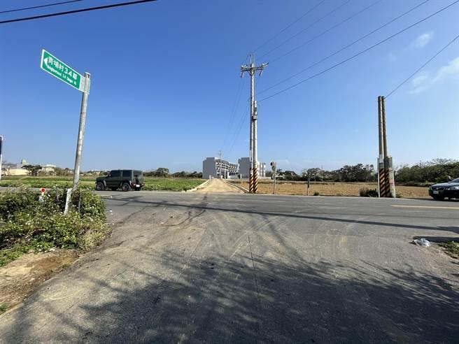 事故地點為新豐鄉青埔村一處產業道路。(莊旻靜攝)