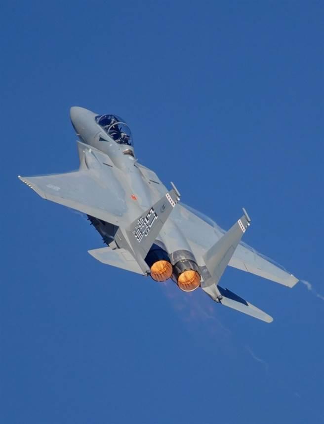 F-15EX。(圖/Alex Farwell/vikingaeroimages)