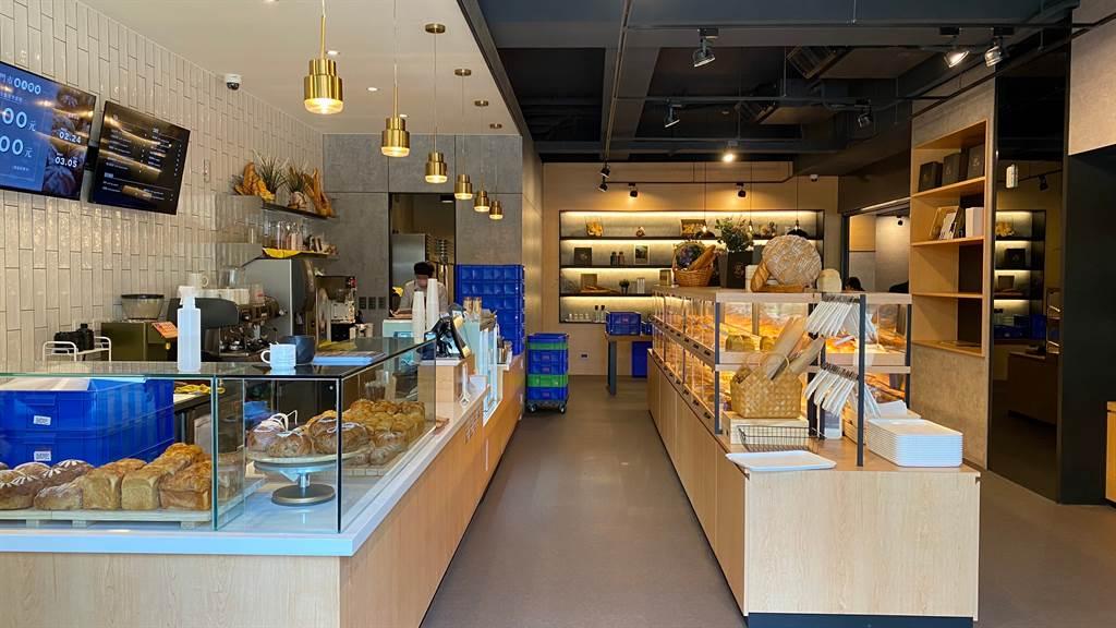 「貝可麗烘焙工坊」由興富發集團旗下的齊裕營造一手包辦,設計採自然療癒風格。(興富發提供)