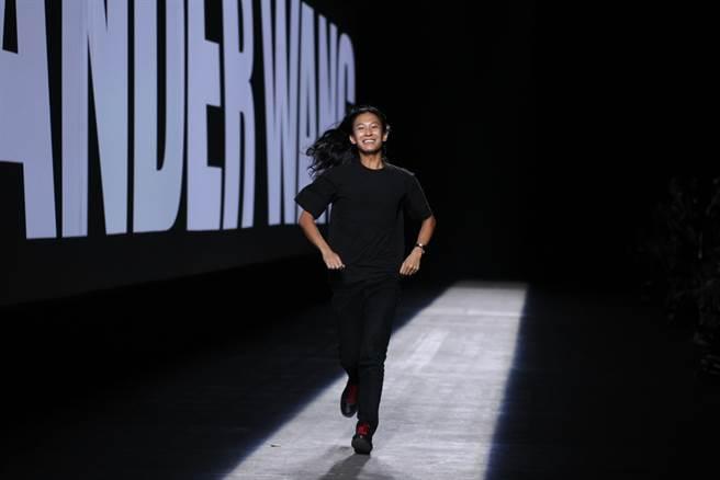 美時尚設計師王大仁再爆醜聞 紐約男學生指控性騷。(示意圖/達志影像shutterstock提供)