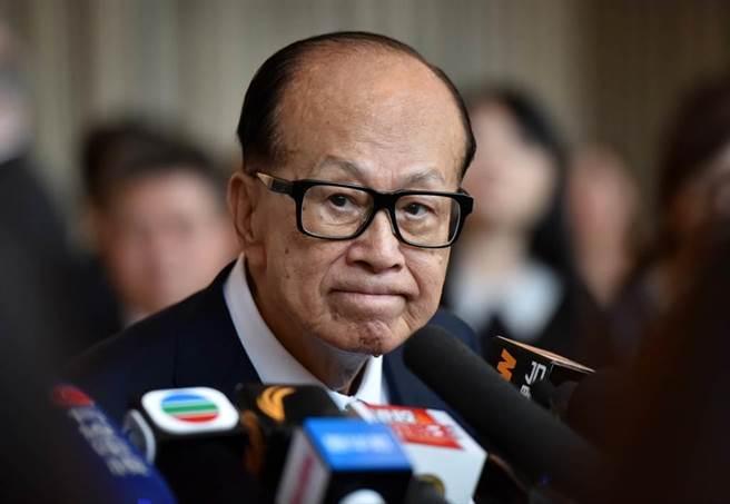 長和系大股東李嘉誠重奪香港首富之位。(中新社)