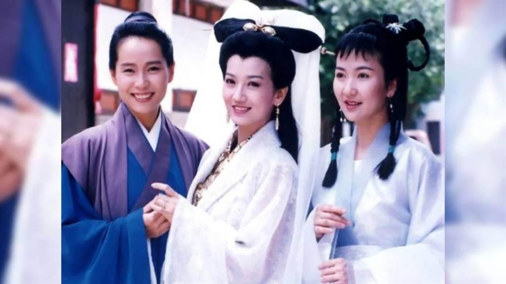 大陸沿海地區當年架設天線收看台灣的電視劇。圖為《新白娘子傳奇》。(網路圖片)