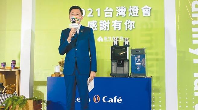 新竹市長林智堅25日強調,燈會停辦是為了守護台灣人的健康,他不後悔,但相關燈展是一定要延續下去的,「新竹光臨藝術節」7月見。(陳育賢攝)