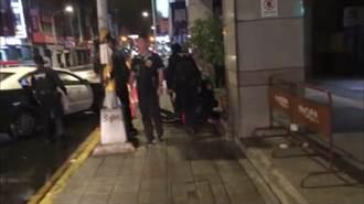 板橋KTV凌晨大亂鬥 17歲少年脖子遭刺濺血 警車急送醫