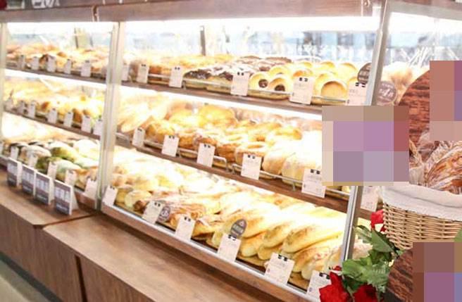 一超市員工的網友上網踢爆,分店賣不完的麵包都要自行吸收,對此,該超市公關回應,屬部分分店疏失,未來會再加強管理及內部宣導。(圖/資料照片)