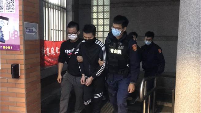 26歲陳、蔡姓男子訊後依毒品罪嫌移送地檢署偵辦。(翻攝照片/黃婉婷桃園傳真)