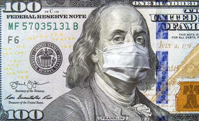 美國總統拜登提出的1.9兆美元(約新台幣53兆)抗疫紓困案今天在眾議院過關。(示意圖/shutterstock)