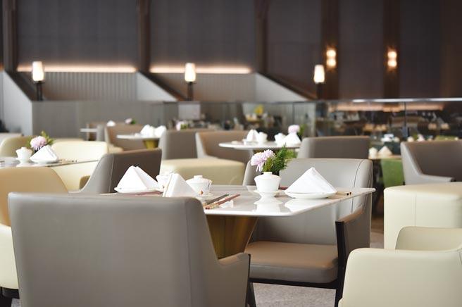 高雄朕豪酒店旗艦中餐廳〈皇豪〉有460個座位,15間包廂,規模非常大。圖/姚舜