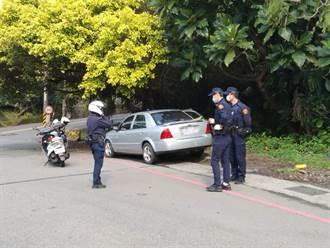 基隆警取締違停敲車窗無反應 破窗驚見男陳屍車內