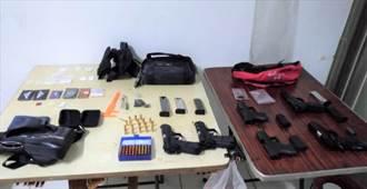 高雄警方偵破改造槍械工廠 起出槍枝、毒品