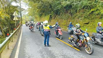 2000乖寶寶 抗議北宜速限40km