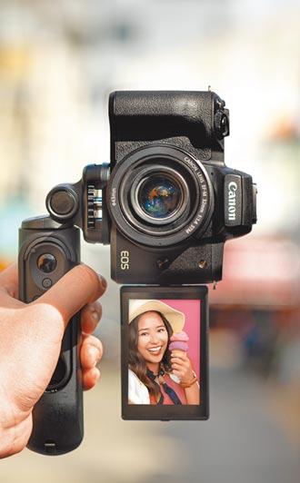 Sony旗艦級α1登場 Canon搶攻Vloger市場