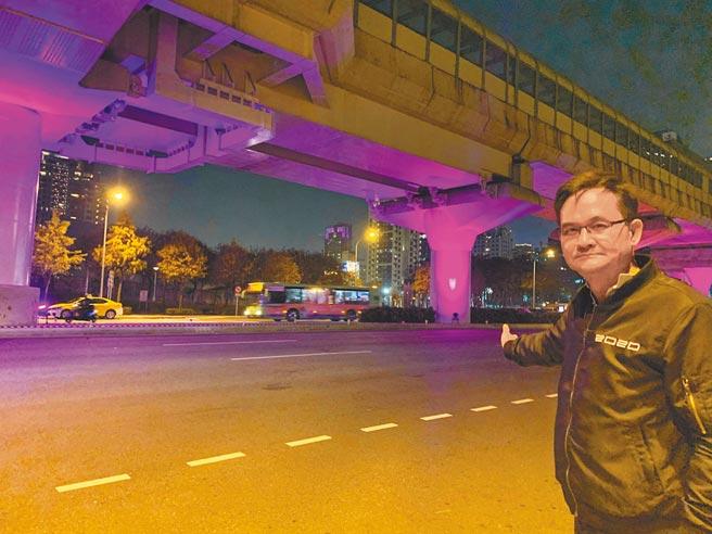 市議員張耀中痛批,投射燈光恐對用路駕駛人造成眩光刺眼,危及行車安全,市府不能等閒視之。(市議員張耀中服務處提供/陳世宗台中傳真)