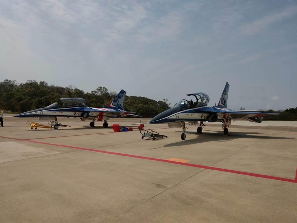 勇鷹高教機上午進行空軍作戰科目測試。呂昭隆攝