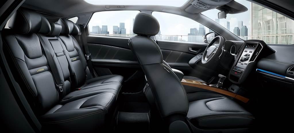 納智捷推出U6 GT AR好行版,搭配舊換新售價75.8萬元。