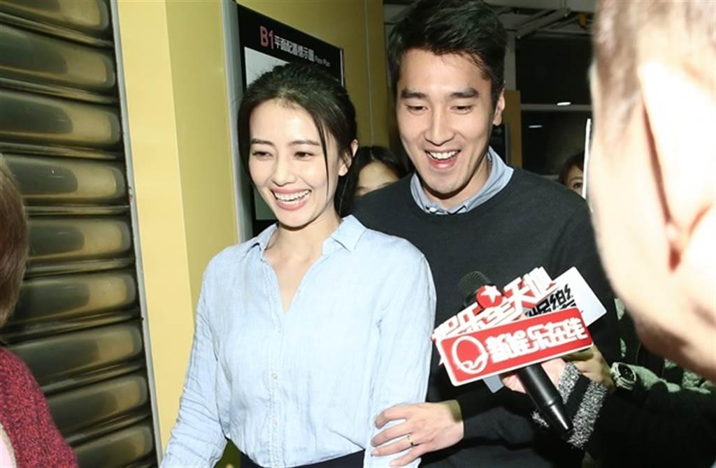 高圓圓、趙又廷是演藝圈銀色夫妻檔,趙樹海也對這個媳婦很滿意。(本報系資料照)