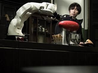 黃翊:造一間咖啡館 讓夢與現實在旋轉門間流轉
