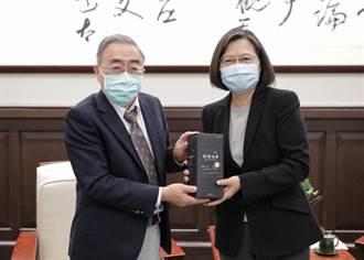 台灣經濟四小龍第一 蔡英文盼企業為員工加薪