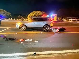 8旬翁騎機車追撞等紅燈休旅車 噴飛對向車道傷重不治