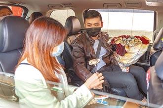 計程車成舞台 藝術家為乘客說故事