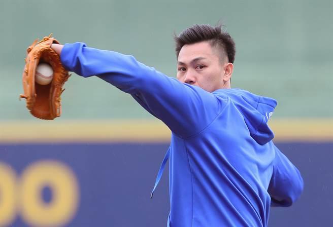 江少慶與富邦悍將簽下自行培訓合約,預計五月初能在二軍出賽。(資料照,陳怡誠攝)