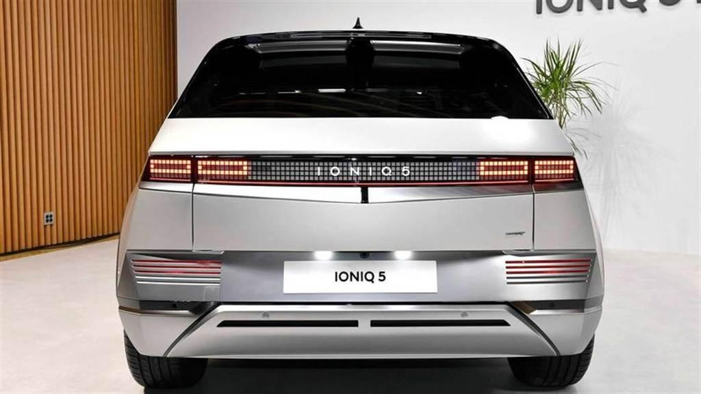 現代 IONIQ 5 銷情火爆!韓國一週不到就快達成年度目標,全球訂單累積近 3 萬輛