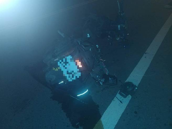 許姓工程師騎機車遭彭女駕車撞飛,送醫不治身亡。(翻攝照片/莊旻靜新竹傳真)