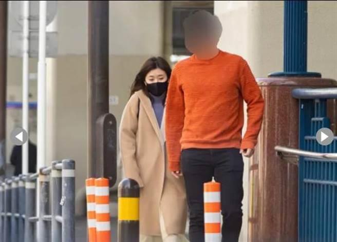 福原爱和高帅男先去中华街买小笼包,后一起入住饭店。(图/翻摄自日网)