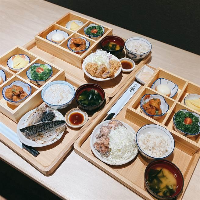 京都胜牛全新商业午餐,以精致的木盒容器盛装四道小菜来搭配不同主餐。(邱映慈摄)